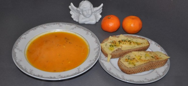 Christmas pumpkin soup