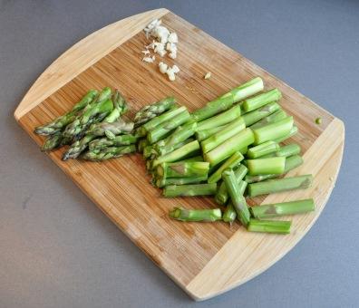 green asparagus cuts