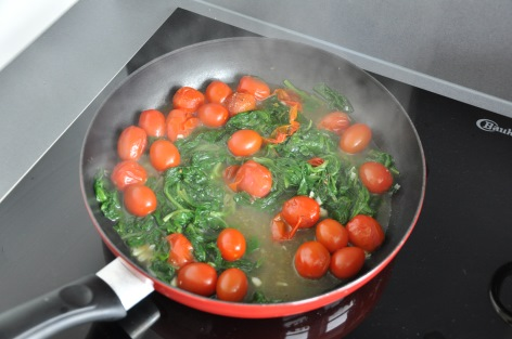 fried spinach and snack tomatoes