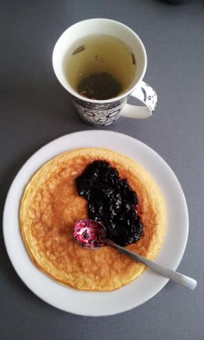 omelette with blueberry jam