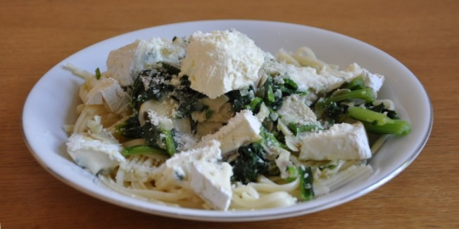 tagiolini-with-komatsuna-and-cheese_1